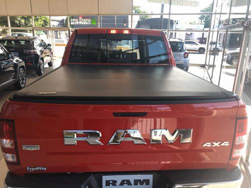ram 1500 laramie  v8 .  venta online..