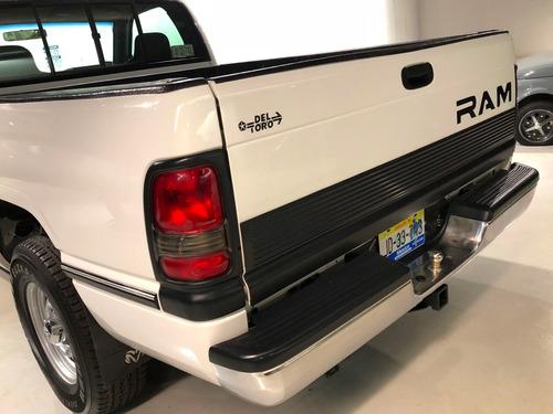 ram 1500 pick up blanca dodge