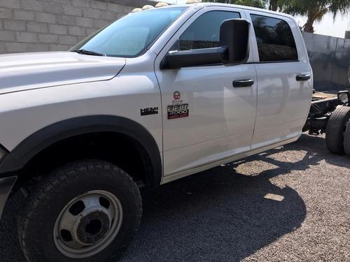 ram 4000 2015 4 x 4 doble cabina gasolina