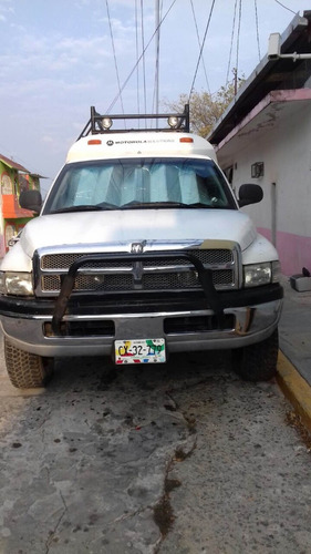 ram pick up 4x4, con a/a