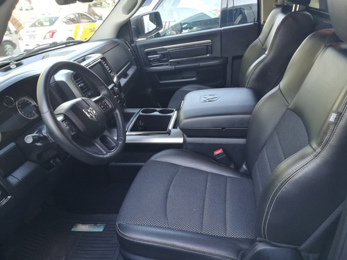 ram rt 4x4 impecable 2015