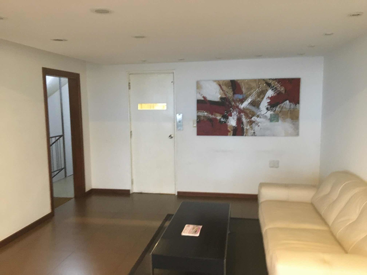 rambla colina de oro piso alto 250 m2 4 baños 2 gges. losa