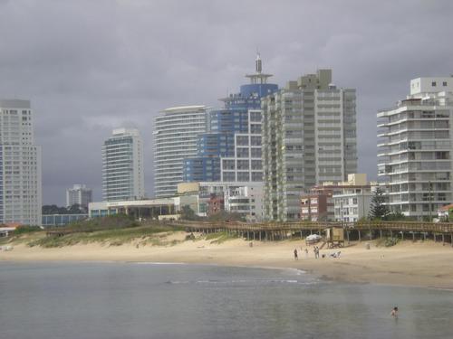 rambla williman parada 2 depto frente al mar 2 ambientes