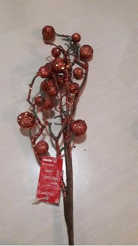 ramitas y adornos de navidad