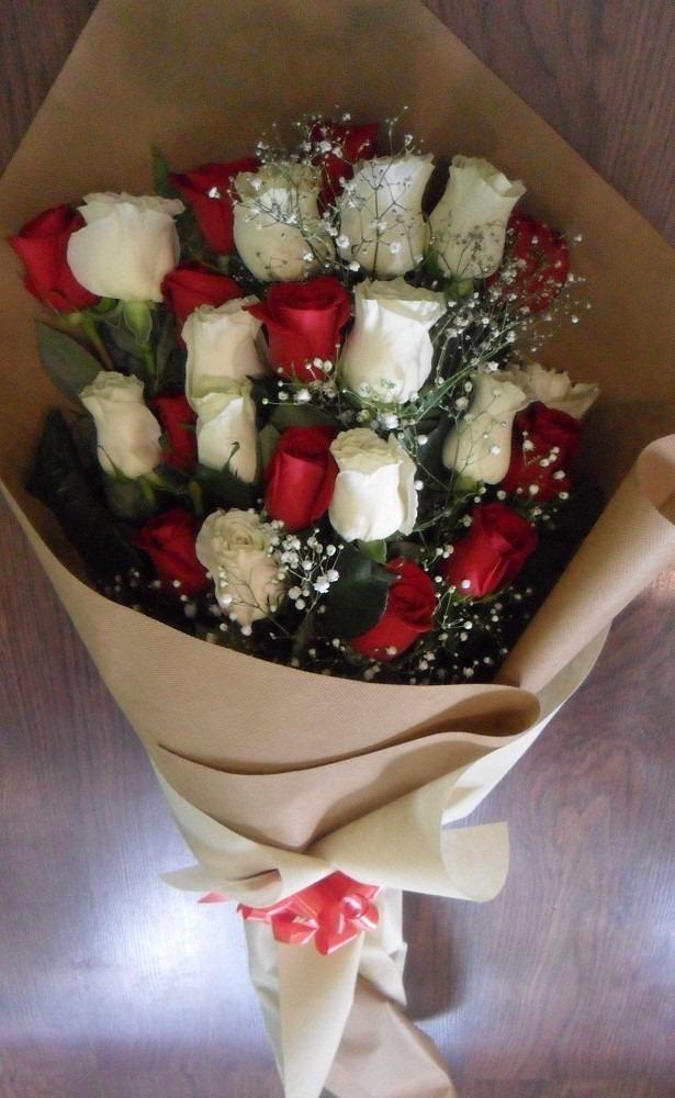 Ramo De 24 Rosas Mixtas Envio Gratis Floreria Foto Real - $ 1.950,00 ...