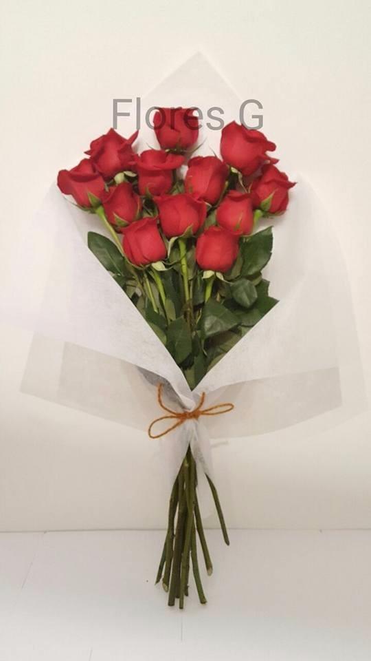 Ramo De Flores Naturales 12 Rosas Rojas 40000 En Mercado Libre