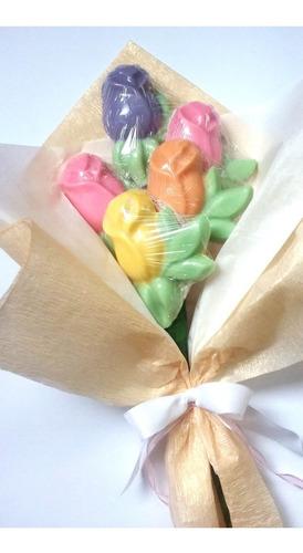 ramo flores de chocolate  rosas