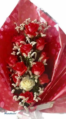 ramos de flores surtidas rosas lilium gerberas astromelias..