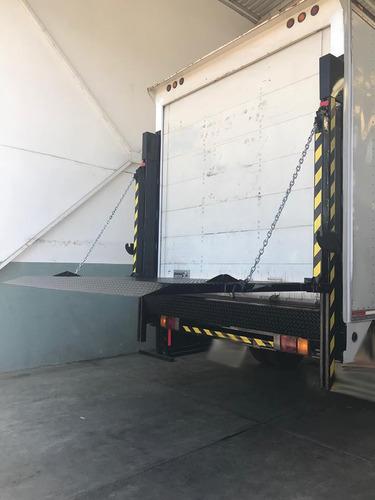 rampa hidráulica de postes