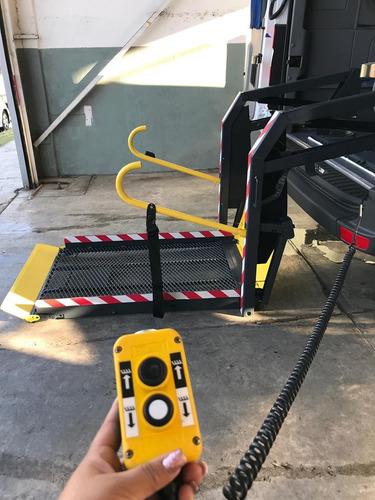 rampa hidráulica para sillas ruedas