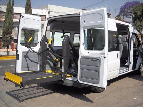 rampas hidráulicas para discapacitados