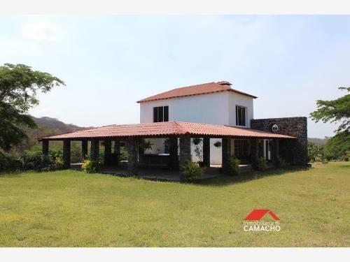 rancho en venta comala, 8.5 hectáreas con residencia a pie de carretera la caja-remate, comala