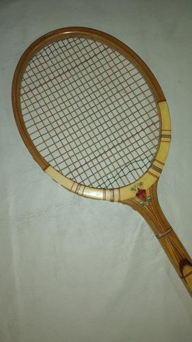 raqueta de tenis antigua florentia, lanzo d'intelvi, italia