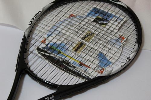 raqueta de tennis .