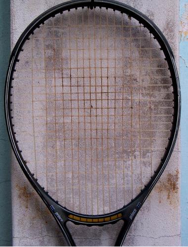 raqueta para tenis prince, encordado en buenas condiciones