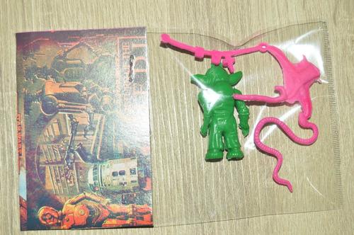 rara figura bootleg star wars joda con armas verde