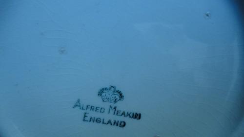 rara tetera inglesa antigua diseño escena galante veala