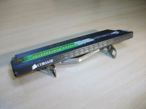 (raro) memória ram corsair cmx512 ddr1 xms3200 c/ leds