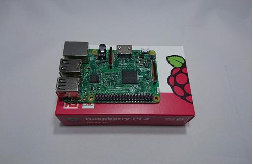 raspberry pi 3 + carcasa + fuente + hdmi + disipadores + sd