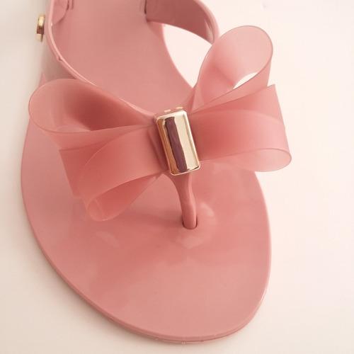 rasteira rasteirinha nude rosa plástico flexível confortável
