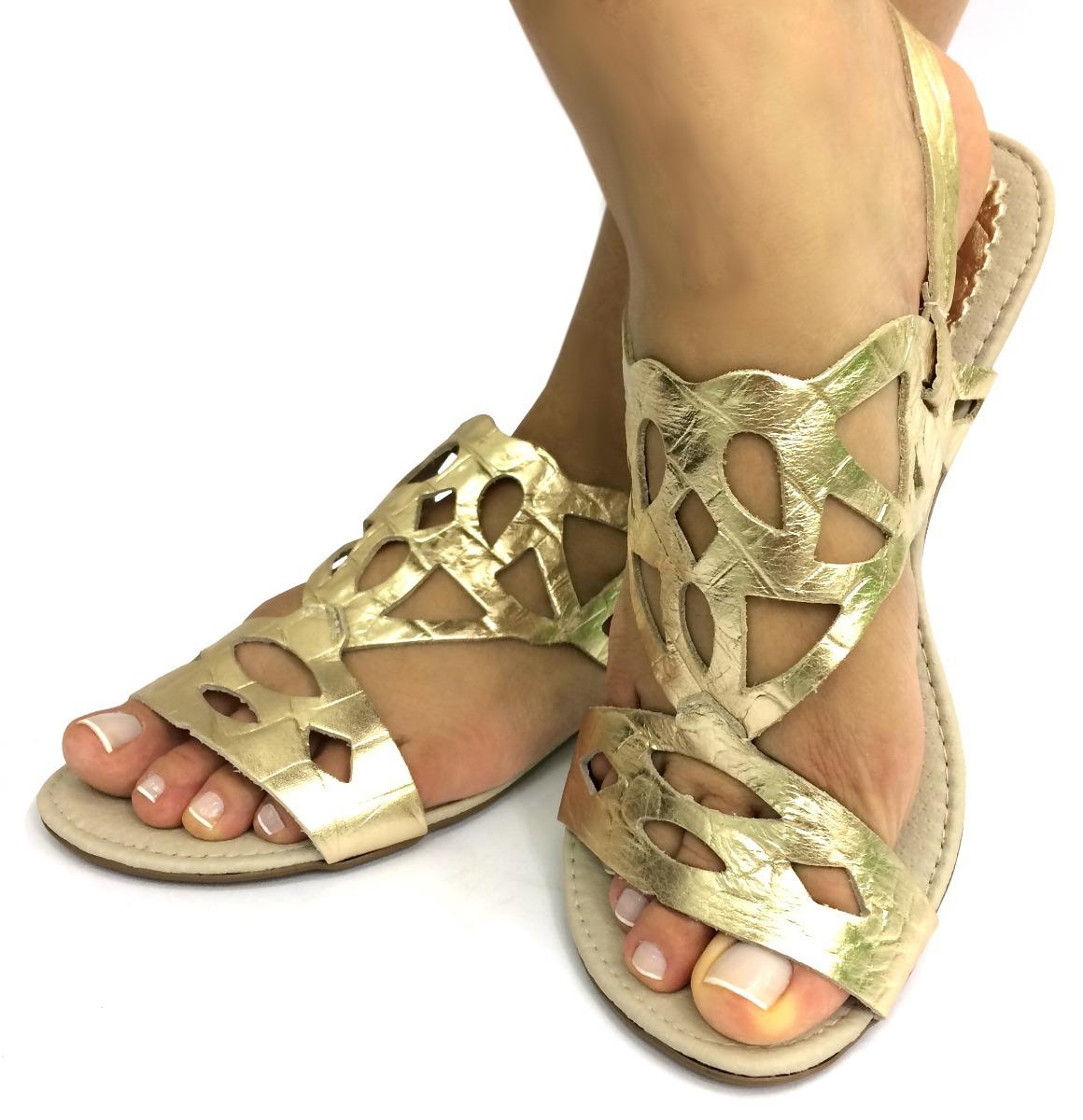 73a4b66771 rasteirinha sandália couro dourado feminina bonita barata a+. Carregando  zoom.