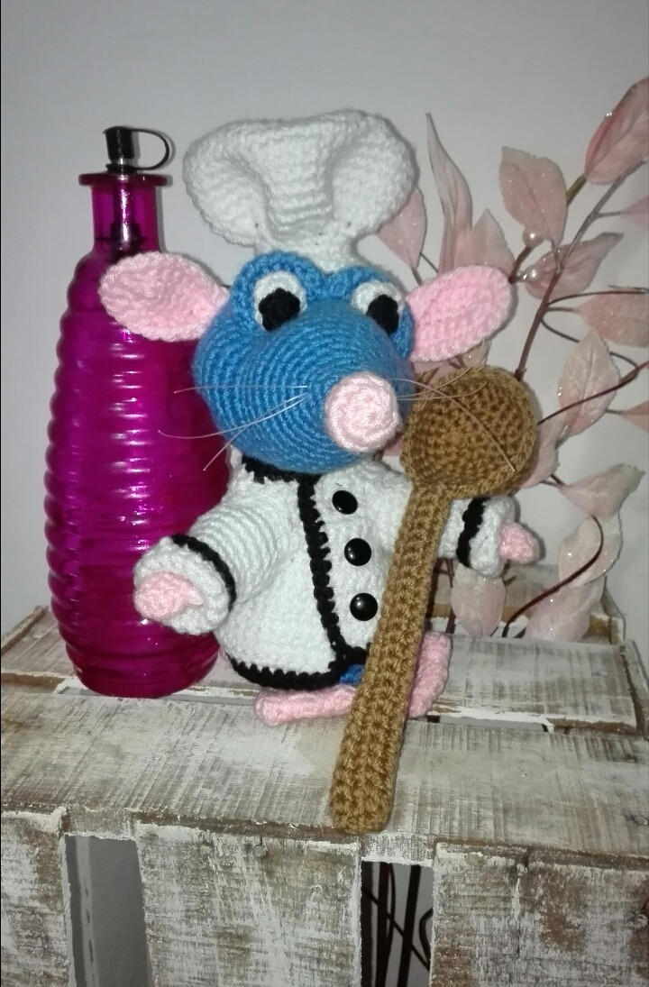 Ratatouille Rat free crochet pattern by soulcrochet on Crafster ... | 1095x720
