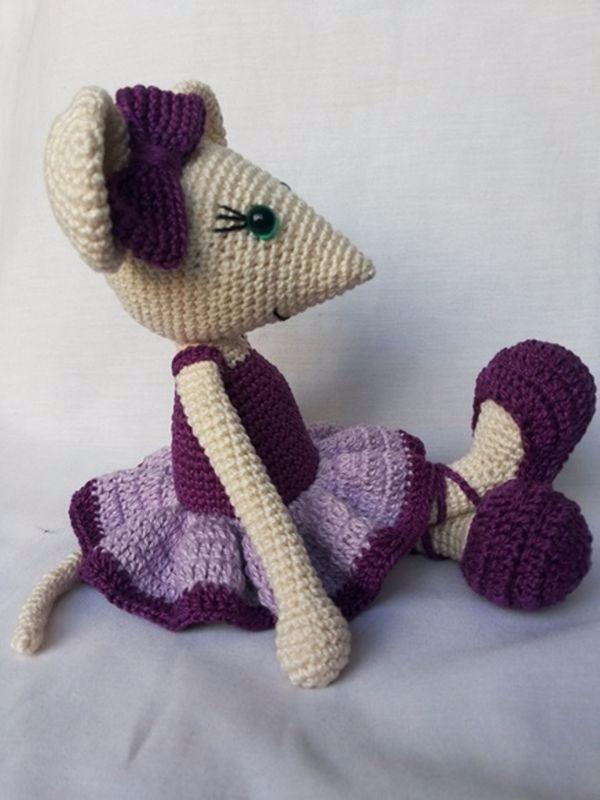 Ratinha Bailarina em amigurumi no Elo7 | Lollô Criative (91D04E) | 800x600