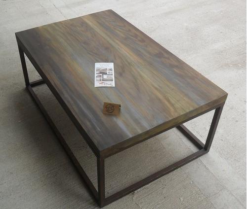 ratona madera mesa