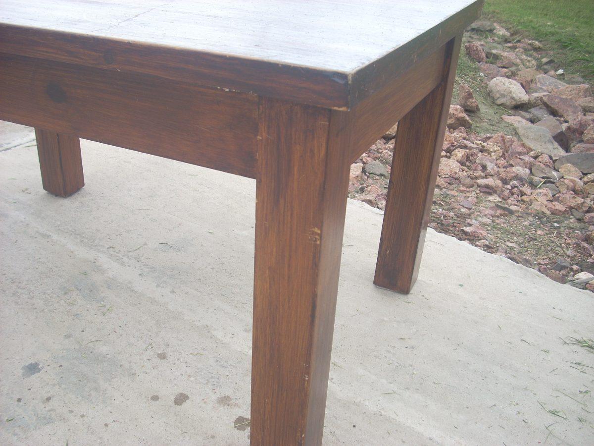 Mesa de living ratona rectangular en madera maciza lustre for Mesas de living