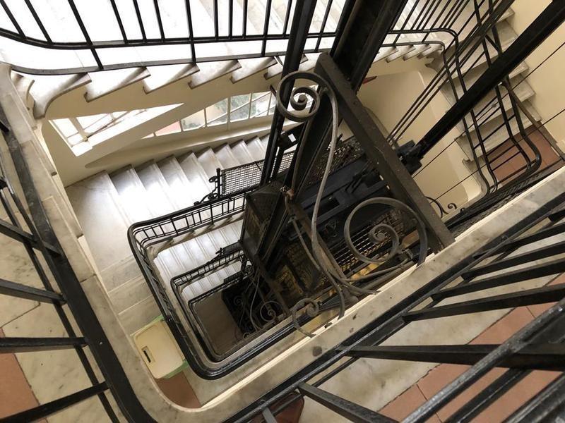rba inmobiliaria 4814-2224 la cuadra mas linda antiguo de estilo piso alto frente balcón recoleta