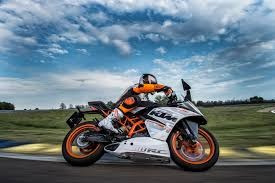 rc 200 versión racing ktm modelo 18 financiación 50% tasa 0