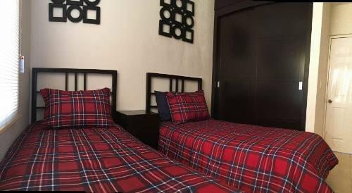 rcv se vende casa modelo panorama en los sauces residencial, a la altura de santa fe en tijuana b.c.