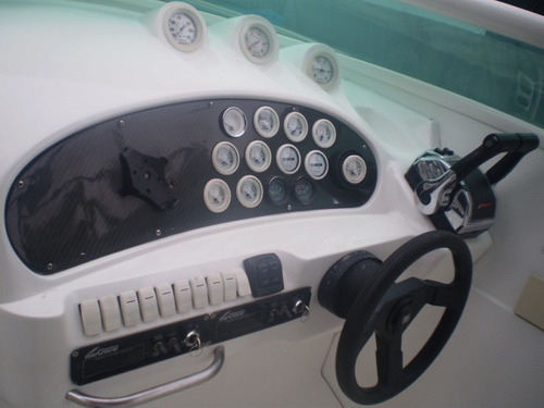 real hawk 32 mercruiser 4.2 220 hp cada 2003 diesel. caiera.