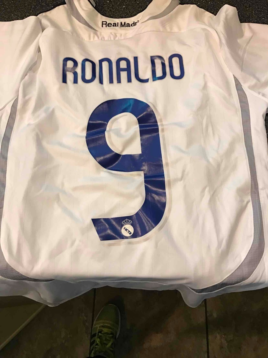 real madrid 2004-05 - retro -  ronaldo 9. Carregando zoom. b22635e39620d