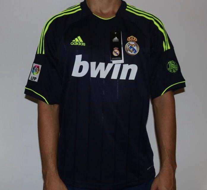 real madrid camiseta · camiseta real madrid alternativa importada - 2013 14.  Cargando zoom. 78a8d53d32358