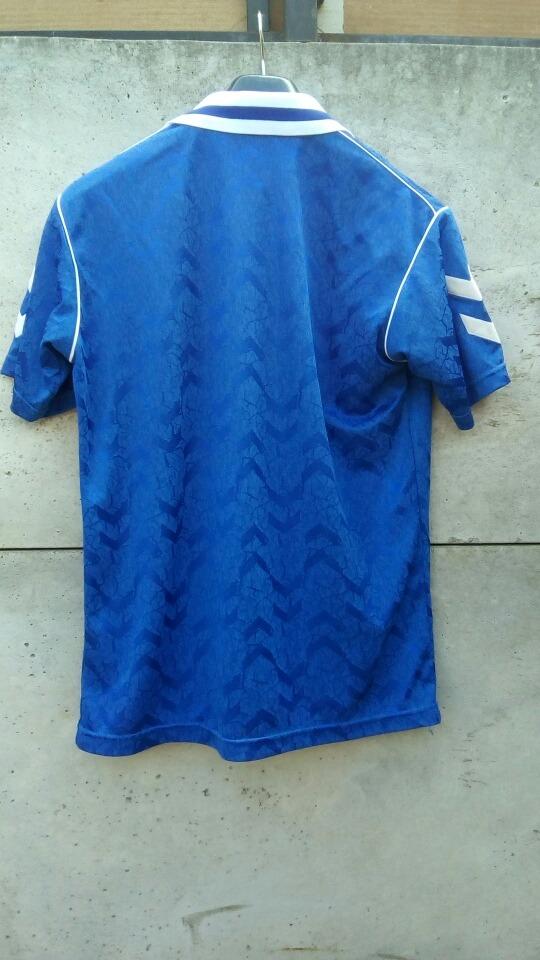 Camiseta Real Madrid Años 90  Salida Bam Bam -   56.000 en Mercado Libre 071cd21a18f07
