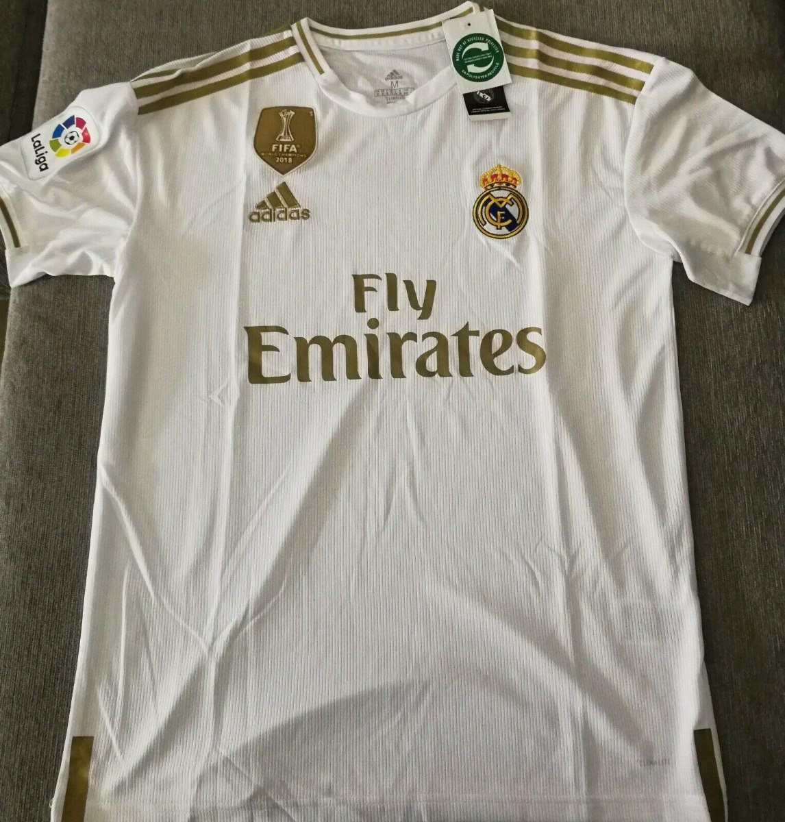 e5b4ac93 Camisetas Fútbol Real Madrid De Local 2019 2020 - $ 23.500 en ...
