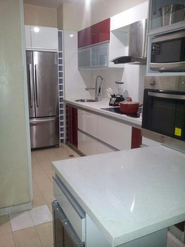 realizamos cocinas empotradas, closet, vestier, muebles.