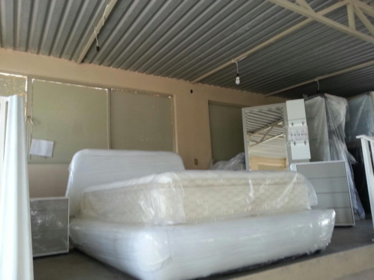Recamara roja base y cabecera matrimonial cama nueva for Colchon y cama matrimonial