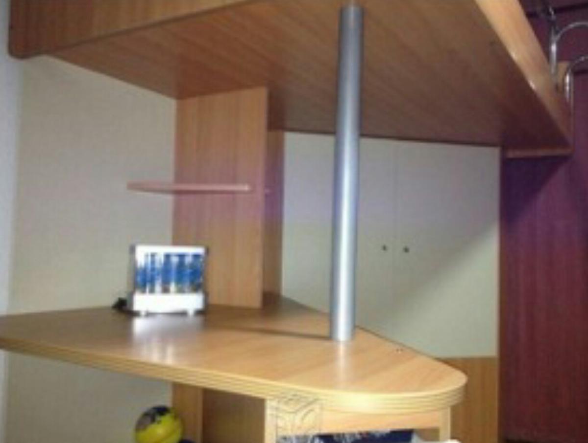 Rec mara doble con escritorio librero y cajoneras for Recamaras con escritorio