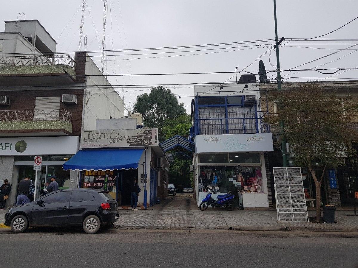 recepcion y dos oficinas