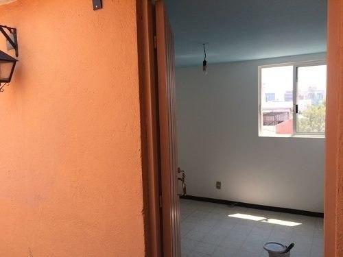 recién remodelado- magnífica ubicación- 2 cuadras reforma