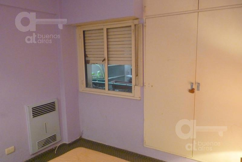 recoleta. departamento 2 ambientes con balcón. alquiler temporario sin garantías.