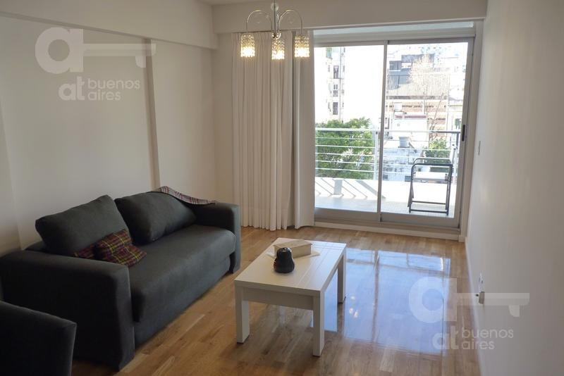 recoleta. moderno loft con balcón y amenities a estrenar. alquiler temporario sin garantías.