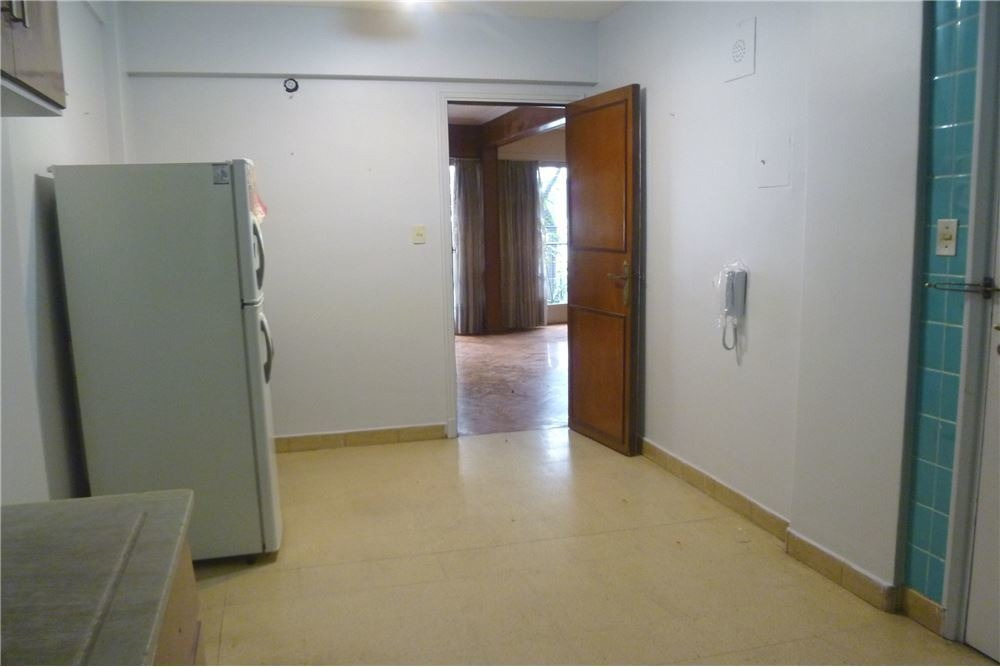 recoleta: oficina de 4 amb. ideal para consultorio
