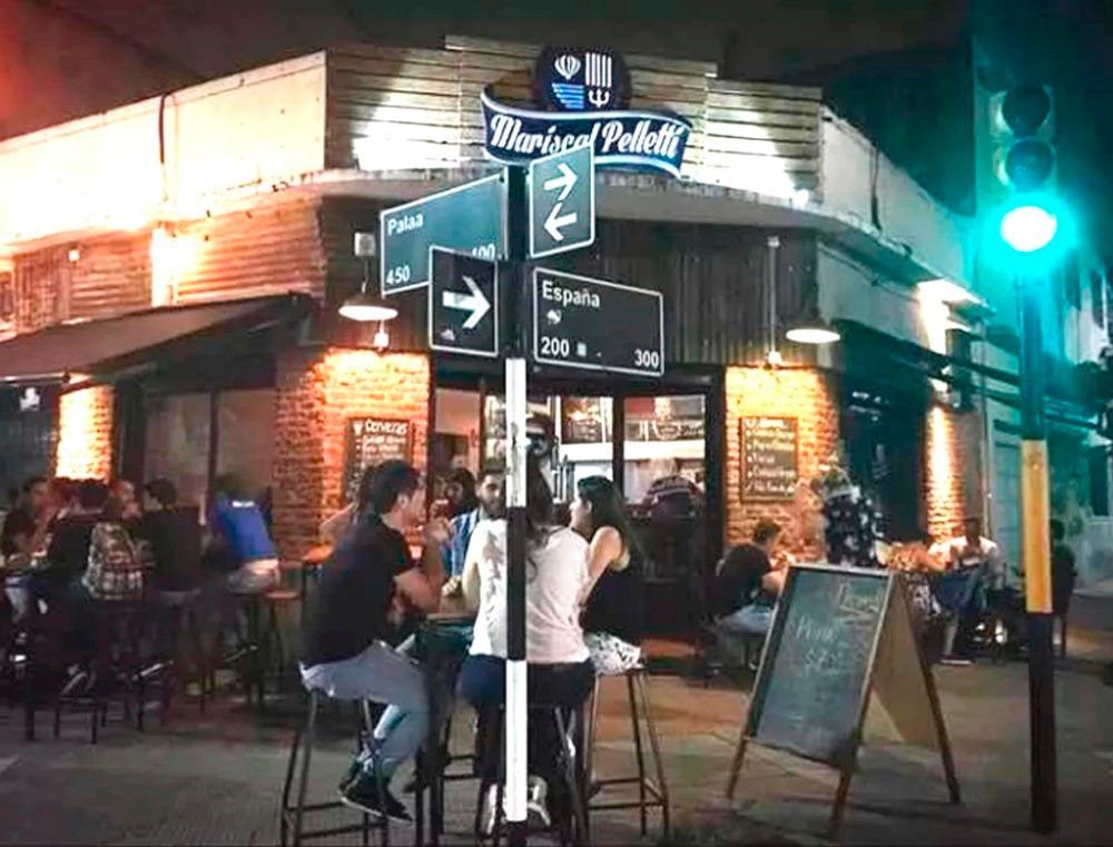 reconocida cervecería-palaa al 400 avellaneda-local esquina