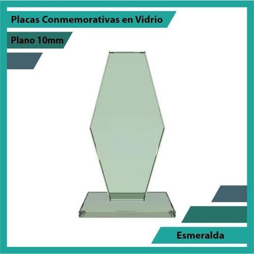 reconocimiento en cristal esmeralda pulido plano 10mm