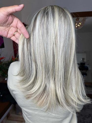 recontrucao de cabelos e luzes