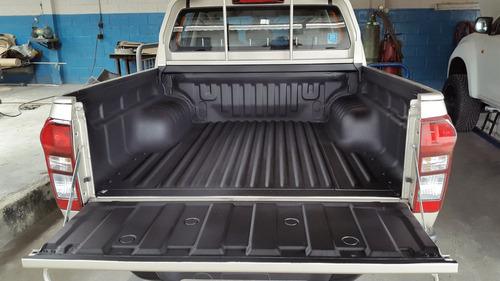 recubrimiento de balde para camionetas y empaste de chasis