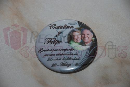 recuerdo bodas de plata chapitas personalizadas, pack 30 un